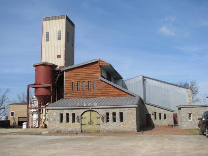 Willett-distillery-exterior.jpeg