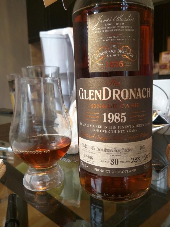GlenDronach 30 1985 Cask 1037.jpg